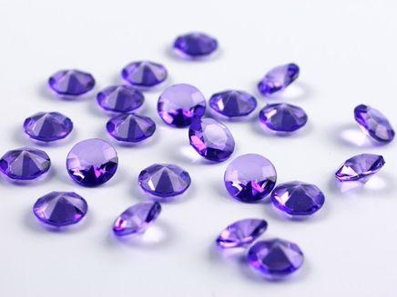 Kryštálové diamanty fialové