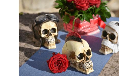 Halloweenske dekoračné lebky, kostry, kostlivci