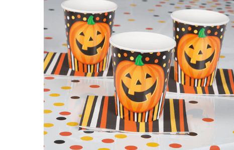 Taniere, poháre, servítky, obrusy a doplnky s halloweenskym motívom