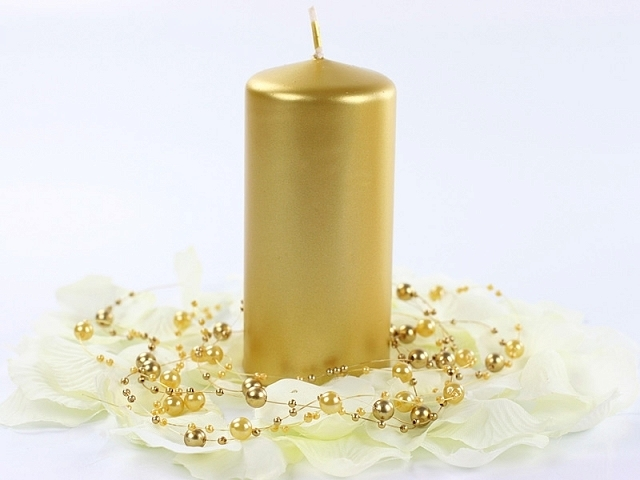 Sviatočné dekoračné sviečky