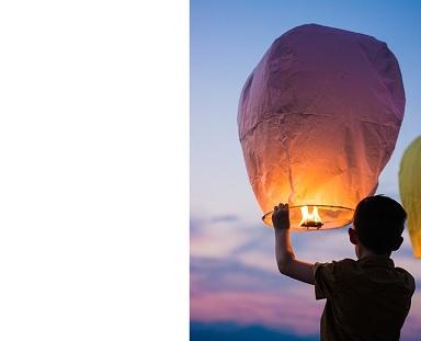 Létající lampiony štěstí, balónky štěstí