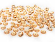 Kryštalové diamanty zlaté